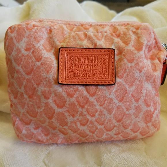 8789faacf4 Coach Handbags - 🖤RARE🖤Coach🌺Poppy🌺SIS🌺Folding Tote